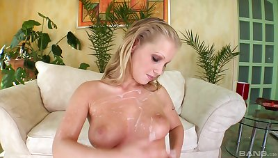 Kyra Banks craves for two fat penises deep inside her shaved holes