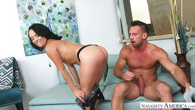 Kristina Rose fucking in the siamoise almost her bubble butt