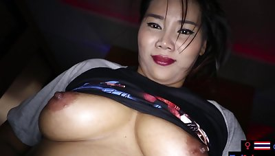Amateurish MILF sex massage with a customer
