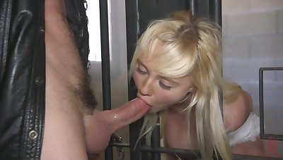 Hottie with tied up behind her back hands Paisley Porter gives a good BJ