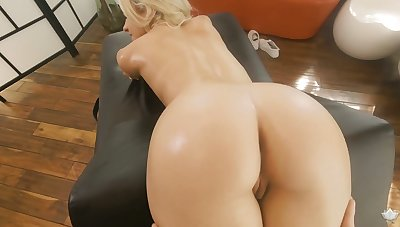 Skinny blonde with closely-knit tits Khloe Kapri gets her pussy fucked on the massage table