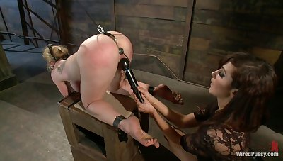 Desperate join in matrimony is punishing anus and pussy of husband's cherished Dee Williams