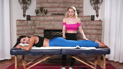 Pussy ribbons lesbians on the massage table - Marie McCray & Goldie Glock