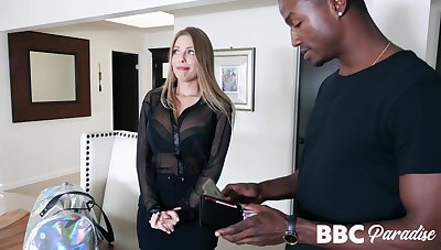 Be associated with reference to babe Britney Amber knows hot to make that black guy explode with reference to sperm