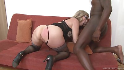 Mature housewife give heavy booty Aja C is into riding and sucking fat BBC