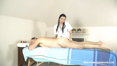 Exclusive massage more the masseuse providing happy obliterate