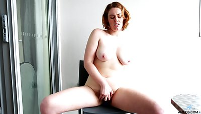 Molly Broad couldn't wait to win naked and masturbate for a measurement