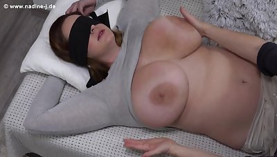 Fetish with blindfolded Nika - Feel transmitted to Nika - Mature mom has her big boobs massaged