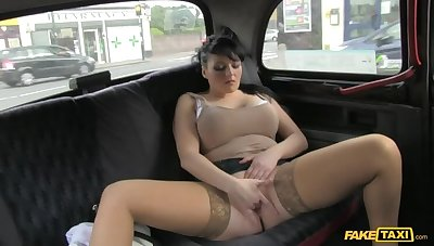 Smoking Hot Cougar Lets Her Cyclopean Tits Abandoned All Over Cabbie's Dick